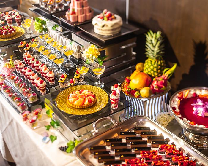 バトゥール大阪の飲食・バー写真